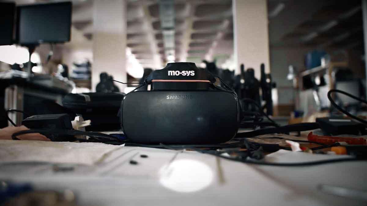 Das britische Unternehmen Mo-Sys optimiert das hauseigene Trackingsystem für VR-Arcades und tritt damit in Konkurrenz zu Valve und Optitrack.