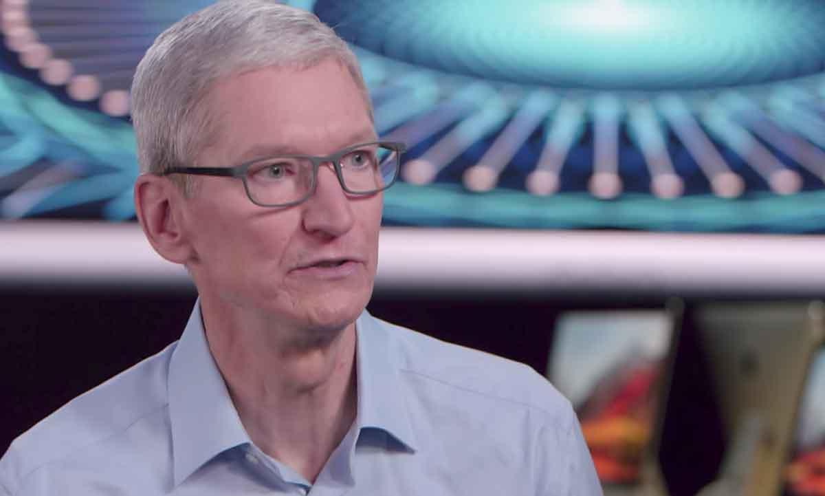 Verändert Augmented Reality unseren Alltag? Zumindest Apple-Chef Tim Cook ist davon überzeugt - und verspricht eine schnelle Fortentwicklung.