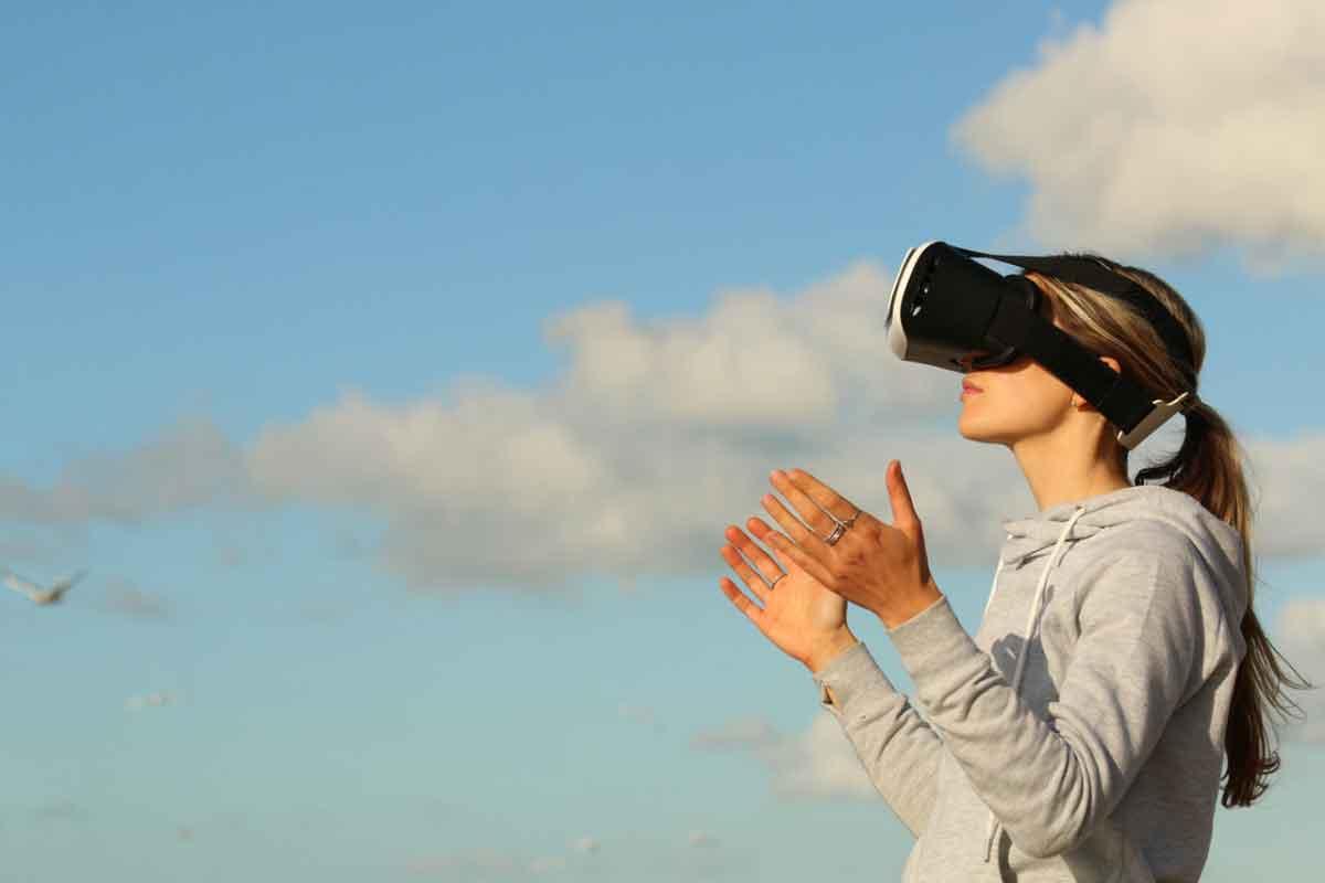Die Verweildauer ist ein guter Indikator für den Erfolg eines Mediums. Drei Vertreter der VR-Branche glauben an eine positive Entwicklung.