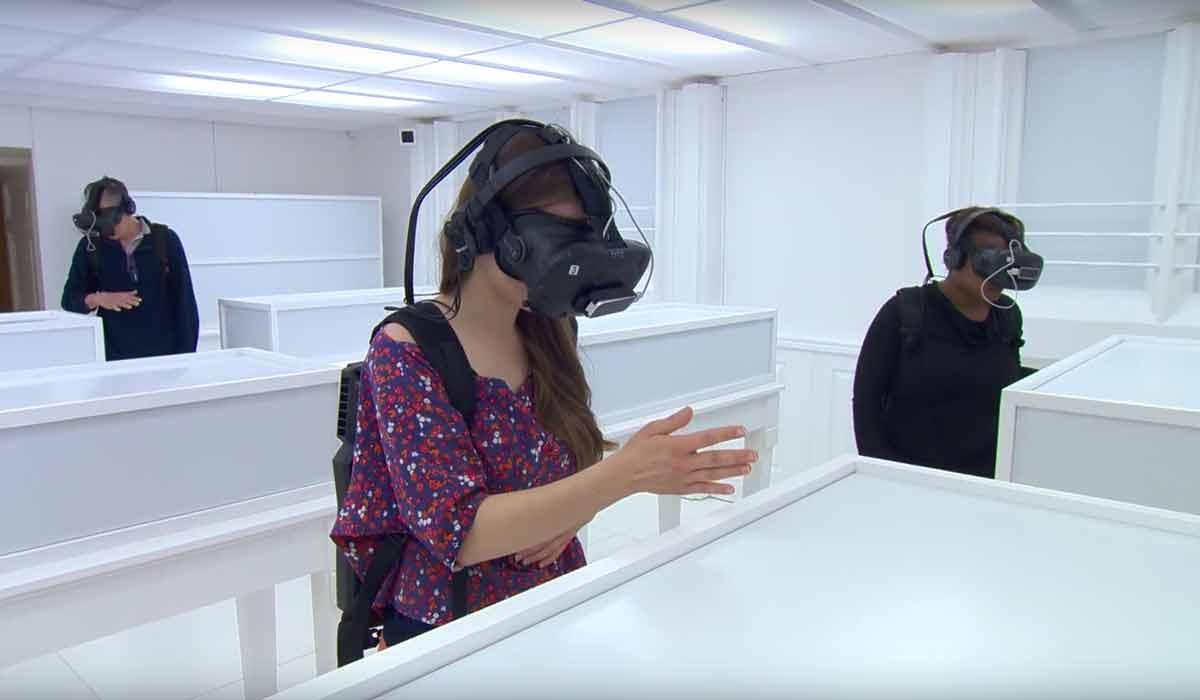 Künstler rekreiert erste Fotoausstellung der Welt mit der VR-Brille