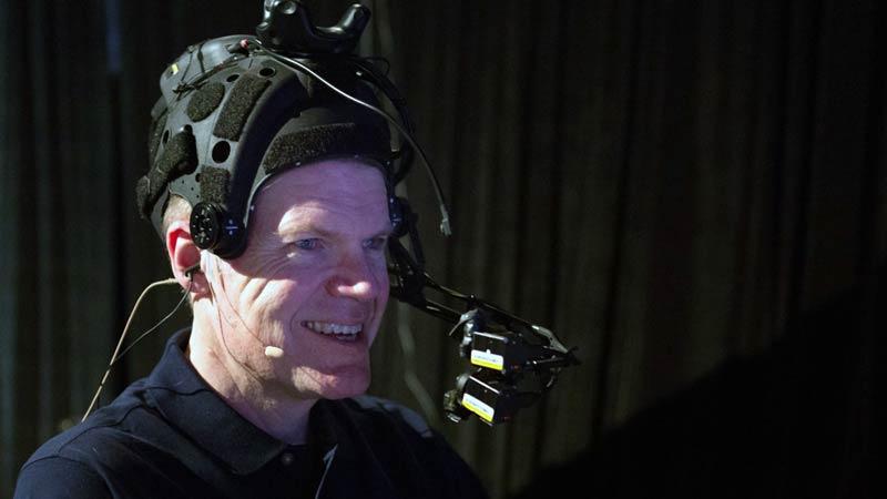 So sieht das reale Gegenstück zum virtuellen Mike samt Trackingkamera aus. Bild: Road to VR