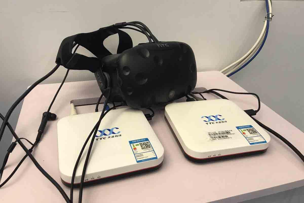 HTC testet in China, ob sich Virtual Reality auch ohne PC verzögerungsfrei von der Cloud in die VR-Brille streamen lässt.
