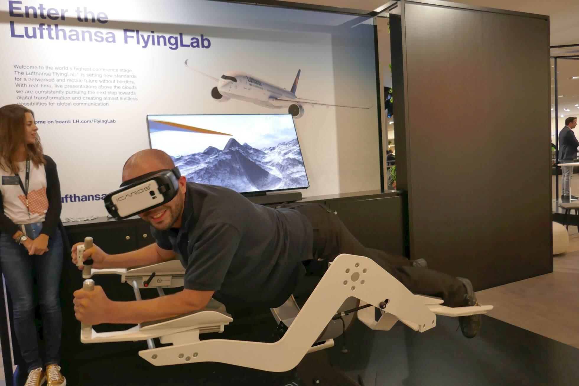 Die beliebte Icaros ist im 2. OG der Festhalle beim Lufthansa Flying Lab im Einsatz.
