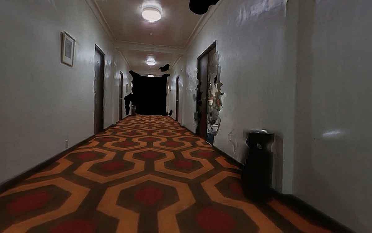 """Die US-Künstlerin Claire Hentschker hat gefilmte Räume des Horrorfilmklassikers """"The Shining"""" in begehbare 3D-Modelle überführt."""