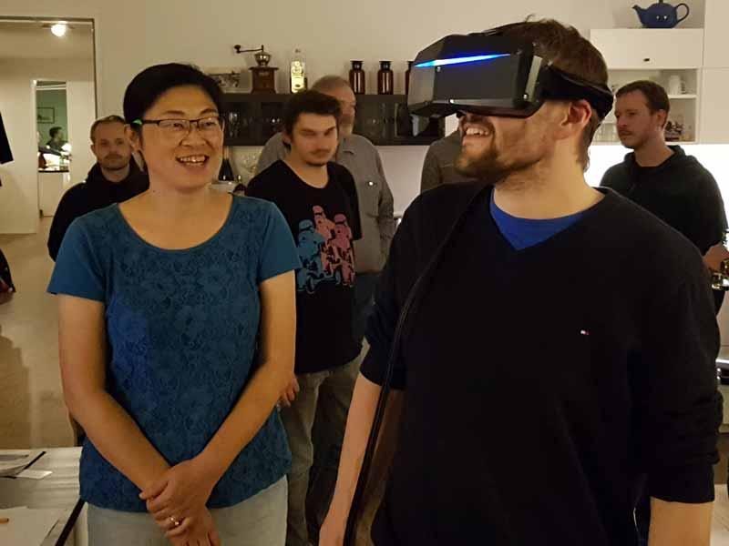 VR-Spaß auf der Pimax-Roadshow. Bild: VRODO