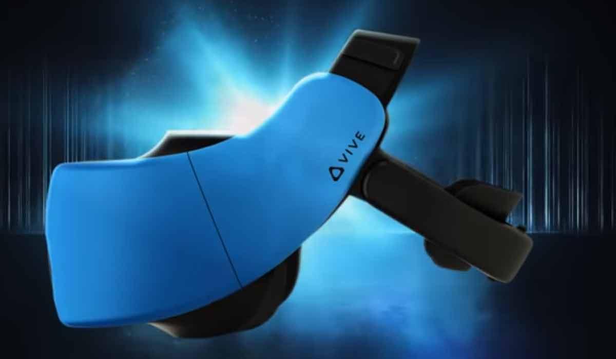 Kurz nach der Vorstellung von HTCs autarker VR-Brille folgt das erste Hands-on. Der Tester berichtet, dass die Trackingqualität stark von den gezeigten VR-Apps abhängt und dass das Gerät überhitzt.