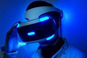 Sony weiß es, VR-Fans wissen es, Patrick O'Luanaigh von Ndreams weiß es: Sony muss dringend an der Hardware-Schraube drehen.