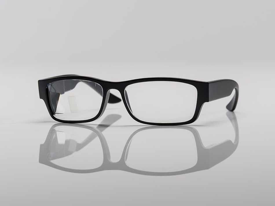 Gemeinsam mit Zeiss möchte die Telekom die technische Grundlage für eine neue Generation Datenbrillen legen und an Hersteller lizenzieren.