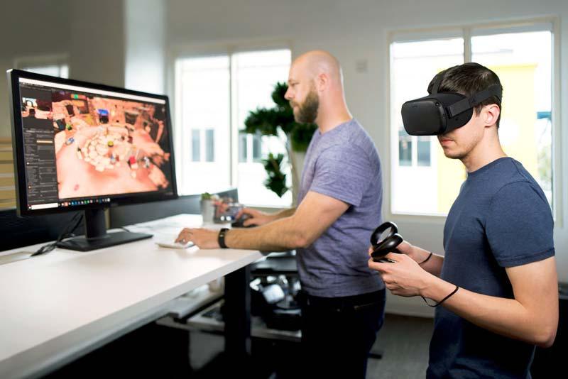 Eine Santa-Cruz-Entwicklerversion ist bereits unterwegs in ausgewählte Programmierstudios. Bild: Oculus