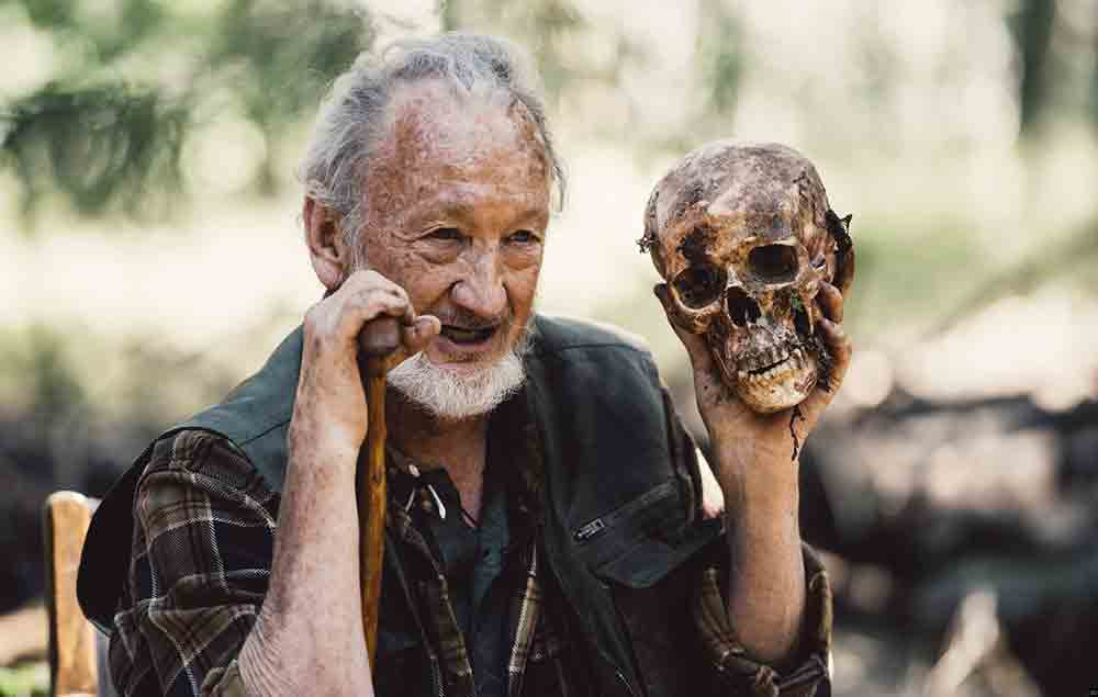 Campfire_Creepers_Robert-Englund