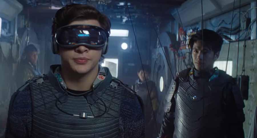 Aufgehängt wie eine Marionette soll die VR-Fortbewegung besonders gut funktionieren. Bild: Warner Bros.