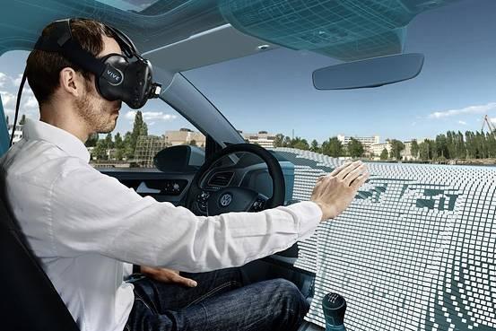 Mit Anfass-VR kann ein digitales Armaturenbrett berührt werden. Bild: Volkswagen