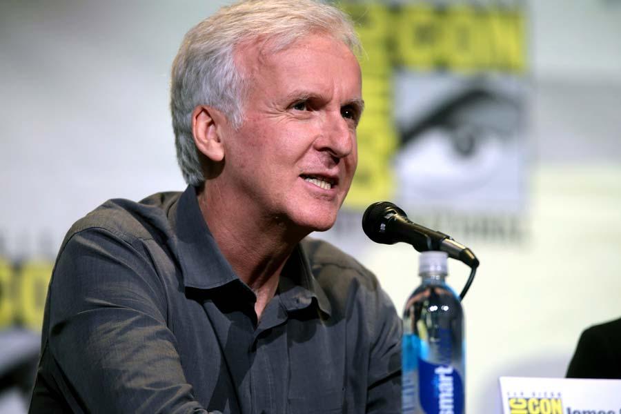 Der kanadische Filmregisseur James Cameron arbeitet gerade an einem neuen Terminator-Film. Er glaubt auch abseits des Filmsets, dass eine menschenähnliche Künstliche Intelligenz entstehen wird - und die Menschheit das Science-Fiction-Genre braucht, um damit umzugehen.