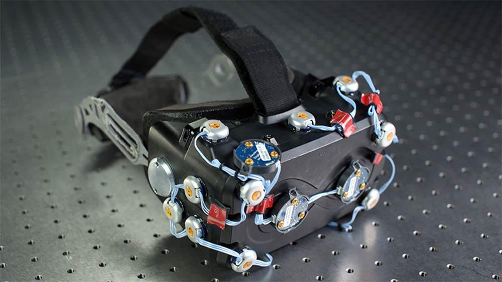 Der erste Halfdome-Protoyp, gebaut auf Grundlage der Entwicklerversion von Oculus Rift. Bild: Oculus