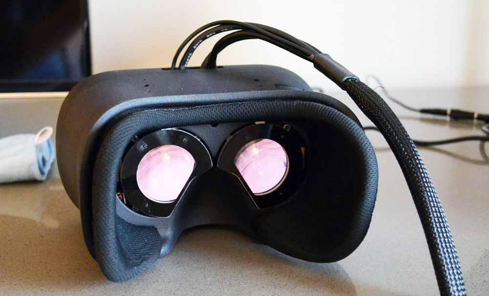 Das finnische Startup Varjo arbeitet an einer VR-Brille, die ausentwickelt 70 Megapixel bieten soll. Möglich wird das durch eine ausgefeilte Doppel-Display-Konstruktion, die zwischen Fokus und Peripherie unterscheidet.