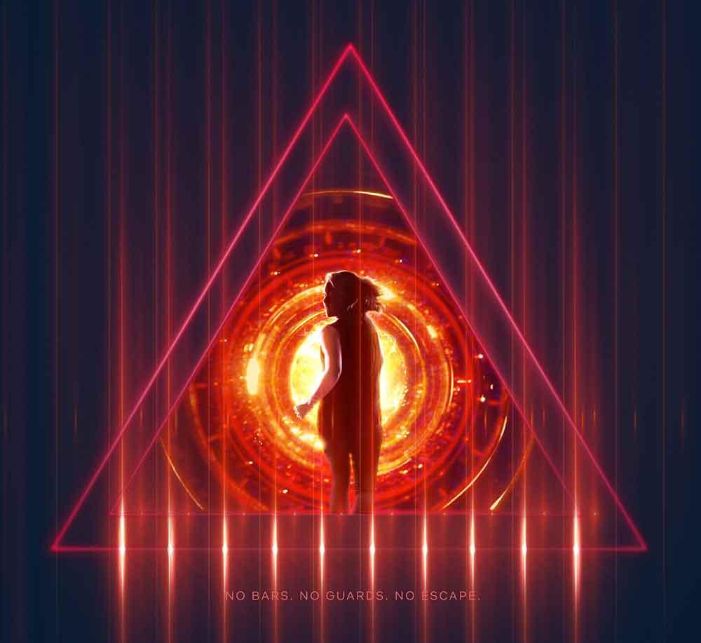"""Elon Musk hält sich Augen und Ohren zu: Im neuen Netflix Sci-Fi-Thriller """"Tau"""" führt die gleichnamige sadistische Super-KI schmerzhafte Verhaltensexperimente an Menschen durch."""