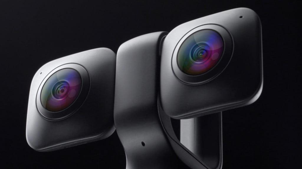 Der VR-Kamerahersteller Humaneyes stellt ein Gerät vor, das per Knopfdruck zwischen 360-Grad- und stereoskopischem 180-Grad-Modus wechselt.