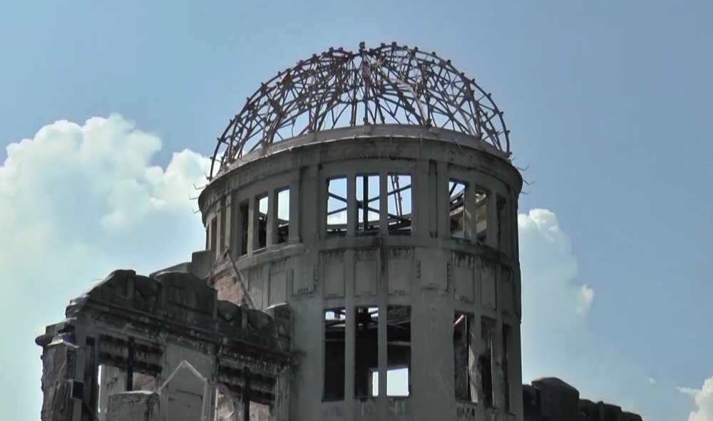 Vor der Bombe ...
