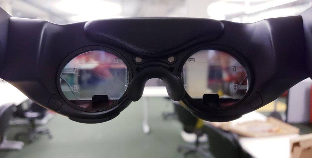 Computerbrillen, noch dazu sehr teure und große, sind schwer zu verkaufen.