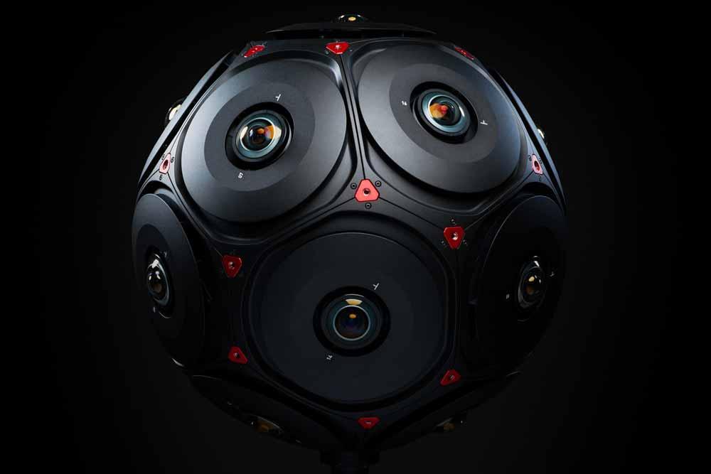 Im Mai gaben Facebook und Red die gemeinsame Arbeit an einer Kamera bekannt, die räumliche 360-Grad-Videos filmen kann. Auf der Oculus Connect 5 wurde das Gerät jetzt offiziell vorgestellt.