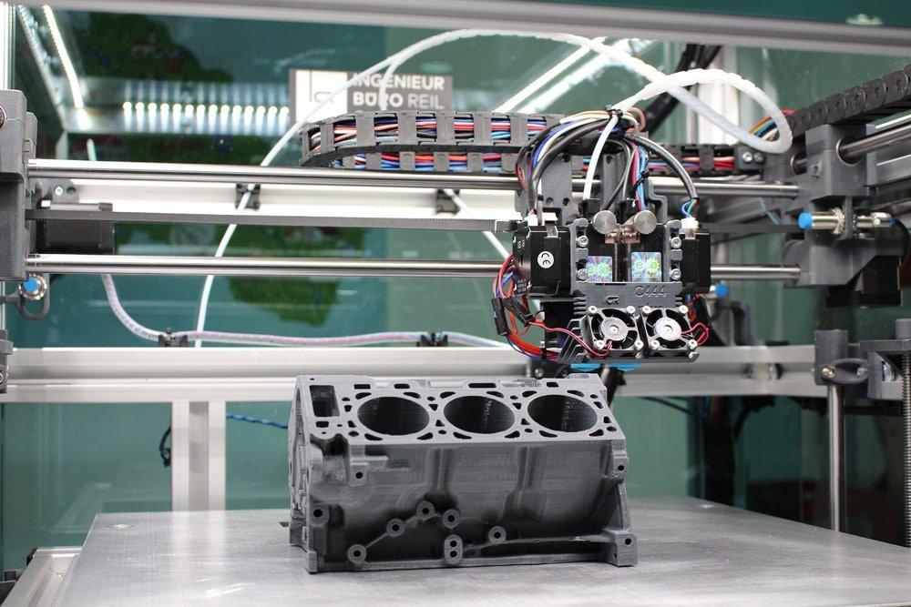 U.S. Navy und Lockheed Martin forschen an KI-gesteuerten 3D-Druckern