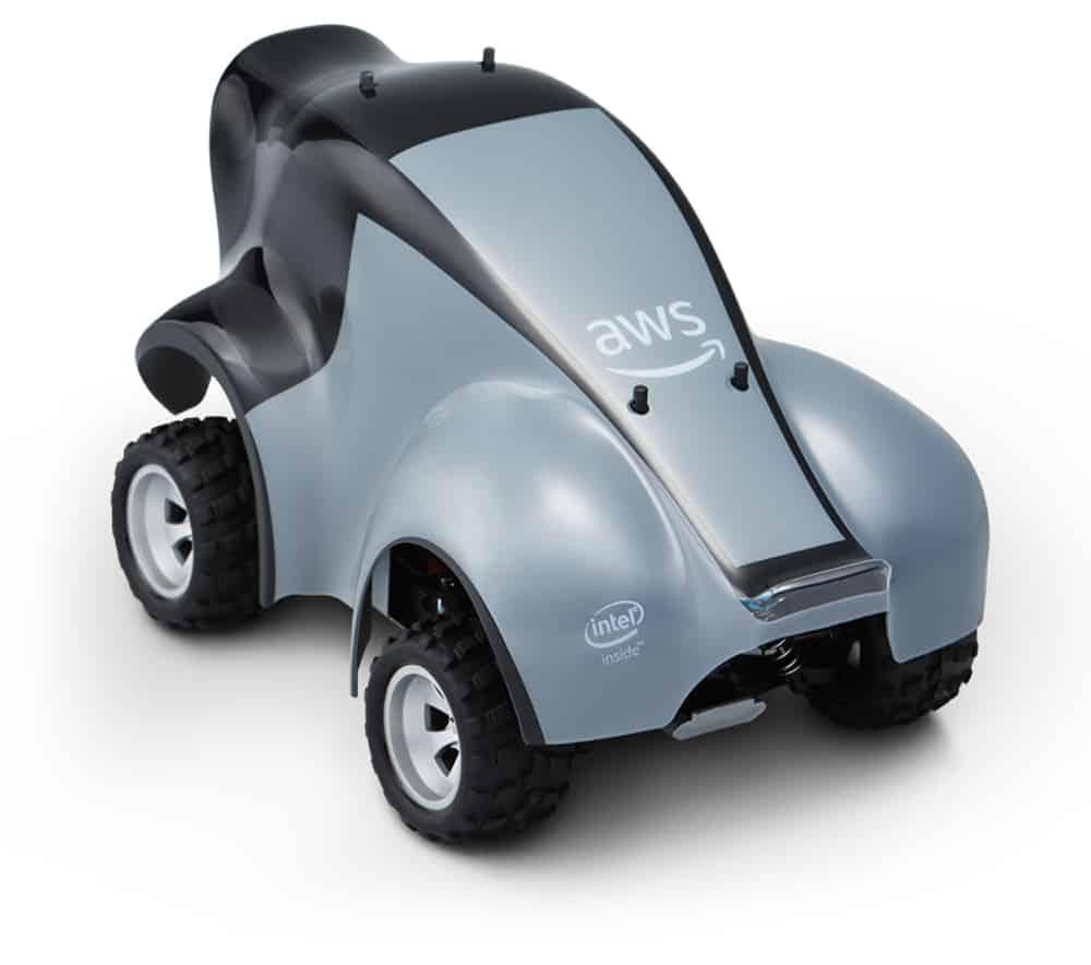 Deep Racer: Spielend KI lernen mit Amazons autonomem Miniauto