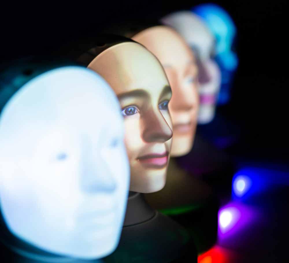 Ein Kopf für alle Fälle: Das schwedische Unternehmen Furhat Robotics verkauft seit Anfang des Monats einen ungewöhnlichen Roboter.