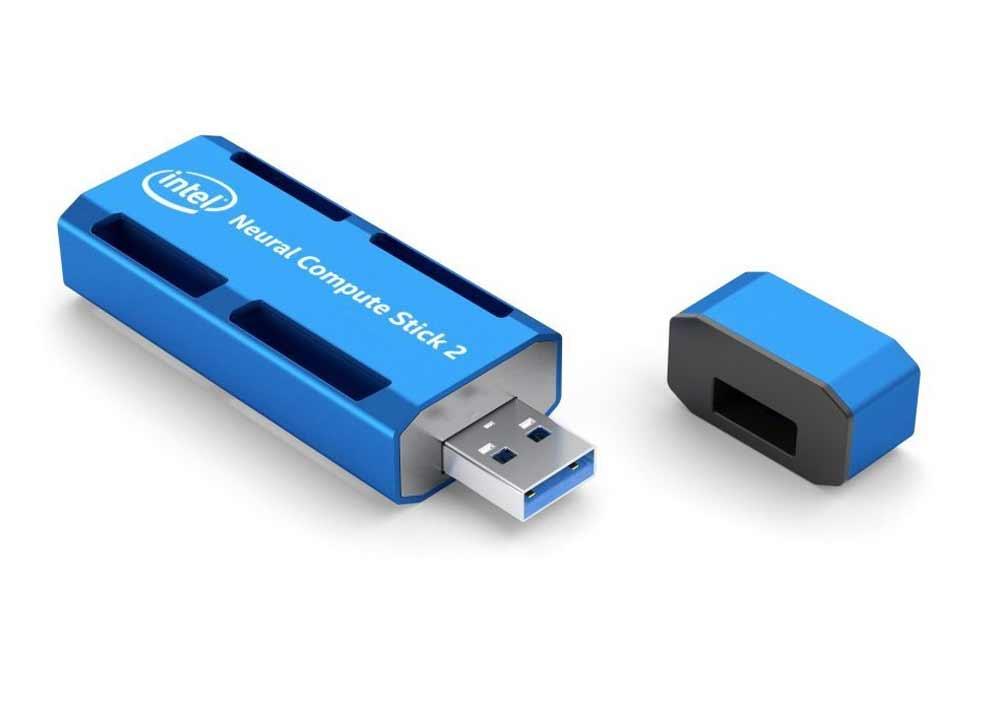 """Intels """"Neural Compute Stick 2"""" ist ein neuronales Netzwerk für den USB-Eingang. Der Stick kostet 100 US-Dollar und soll achtmal schneller rechnen als das Vorgängermodell."""