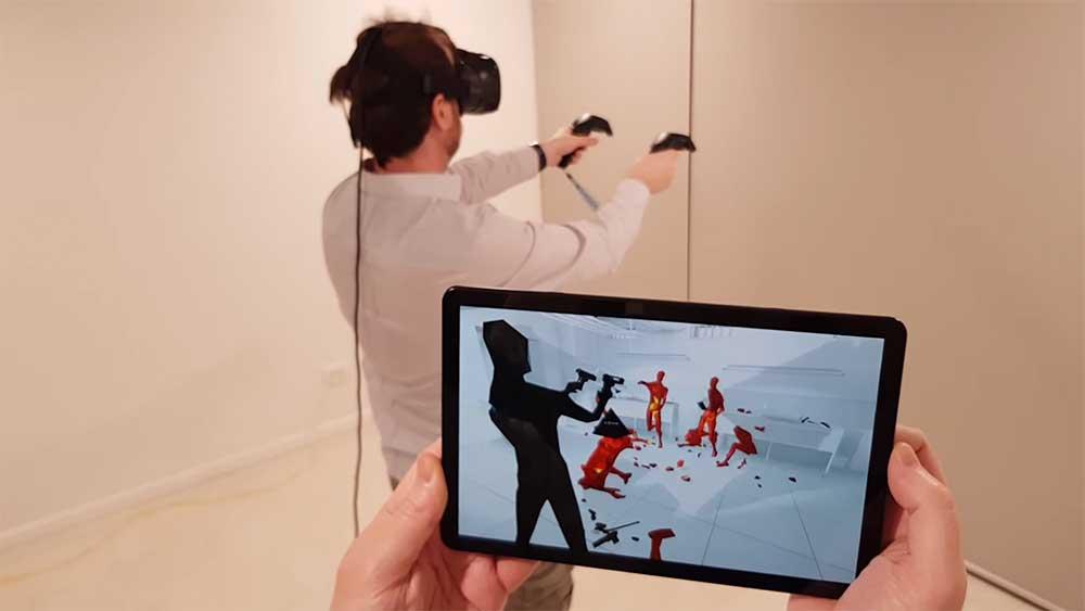 Das Startup Include hat eine App für Android-Geräte veröffentlicht, mit der man per Smartphone oder Tablet am VR-Geschehen teilhaben kann.