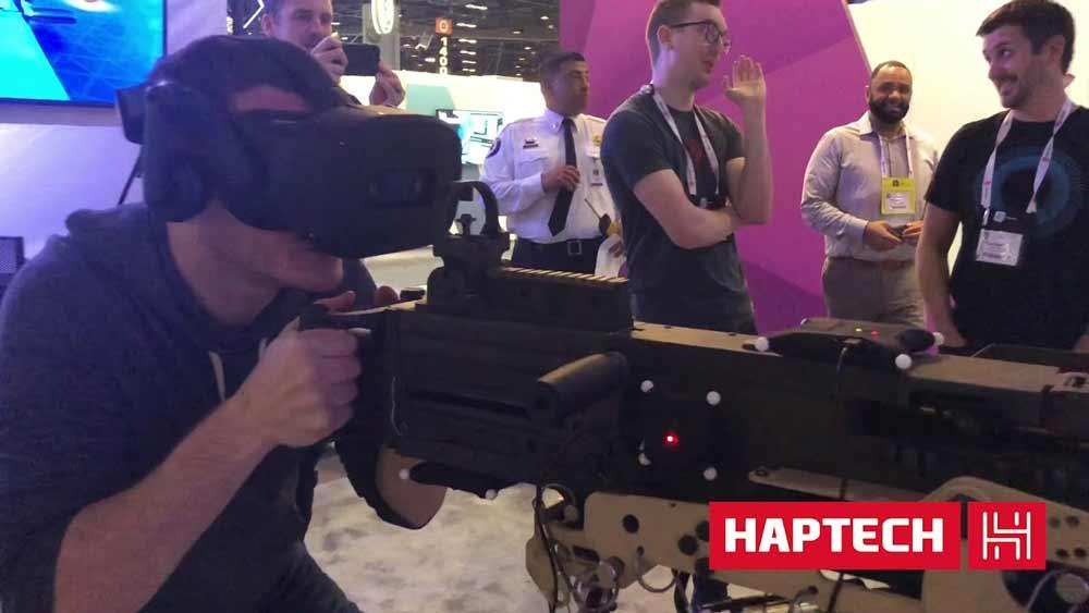 Highend-Tracking und haptisches Feedback sollen die virtuelle Soldatenausbildung fördern.