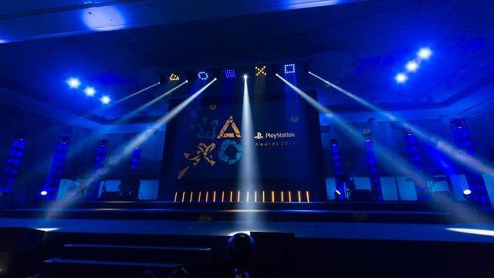 Sony vergibt die Playstation Awards an im asiatischen Raum kommerziell erfolgreiche Playstation-Spiele.