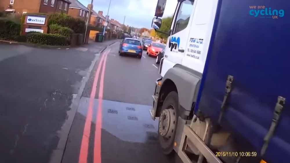 Knapp vorbei: UK-Polizei soll Verkehrsrowdys in VR belehren