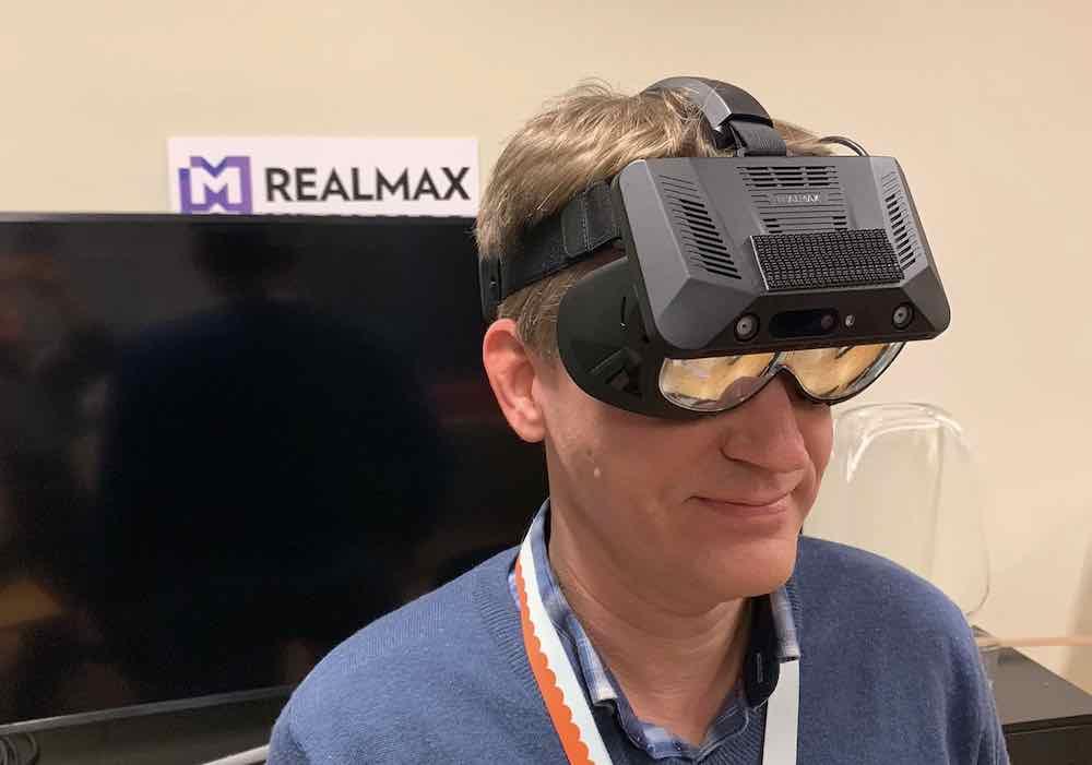 Das Besondere an der Realmax Qian: Sie bietet ein Sichtfeld von 100 Grad und soll zwischen Augmented und Virtual Reality umschalten können.