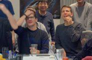 """Deepminds neueste Spiele-KI schafft etwas, das noch keiner KI gelang: Sie besiegt Profispieler im komplexen PC-Strategiespiel """"Starcraft II"""". Das ist ein größerer Erfolg als AlphaGos Triumph über Go-ChampionLee Sedol vor drei Jahren."""
