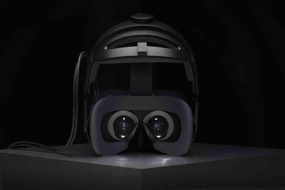 Gestern kündigte Varjo seine erste VR-Brille. Nun sind im Netz erste Eindrücke der VR-1 aufgetaucht. Die wichtigsten Eindrücke.