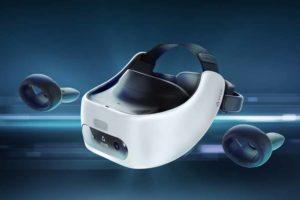 Mit der autarken VR-Brille samt virtueller Hände will HTC Geschäftskunden ansprechen.