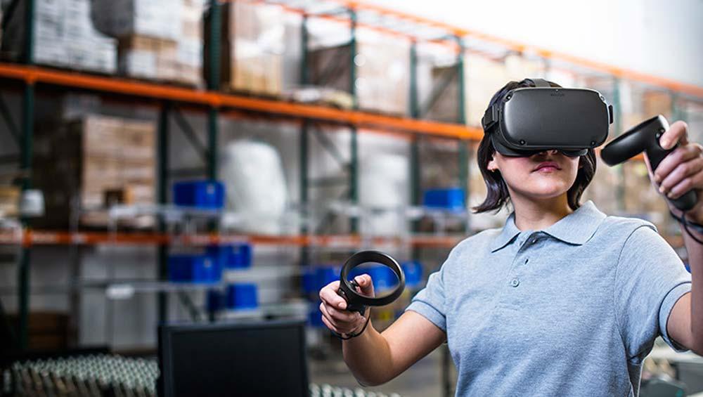 Facebook will VR in Zukunft noch stärker an Unternehmen vermarkten.