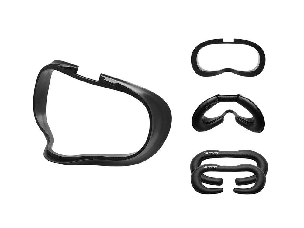 Der Lieferumfang des Oculus Quest Foam & Interface Basic Set. Man bekommt einen Einschub sowie ein dünnes und ein etwas dickeres Kunstlederpolster. Bild: VRCover