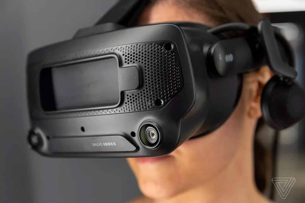 Für Adi Robertson ist Index eine gute VR-Brille, aber kein Gernationenwechsel. Bild: The Verge