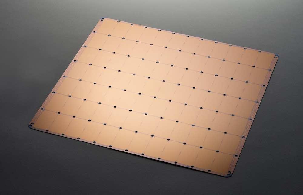 Das US-Startup Cerebras hat einen KI-optimierten Prozessor vorgestellt, der mehr als 50 Mal so groß ist wie eine herkömmliche GPU.