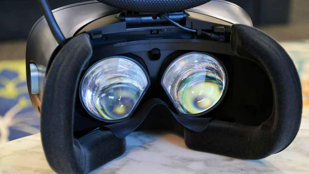 Die Fresnel-Linsen sind laut HTC verbessert, wie genau, das ist noch nicht raus. Bild: HTC