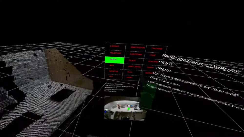 Der Roboter lernt beim VR-Training neben einer Bewegung auch Umgebungsparameter kennen, zum Beispiel die wichtigen Punkte an einem Objekt. Eine volle Schüssel sollte er zum Beispiel besser nicht auf dem Kopf abstellen. Bild: Toyota