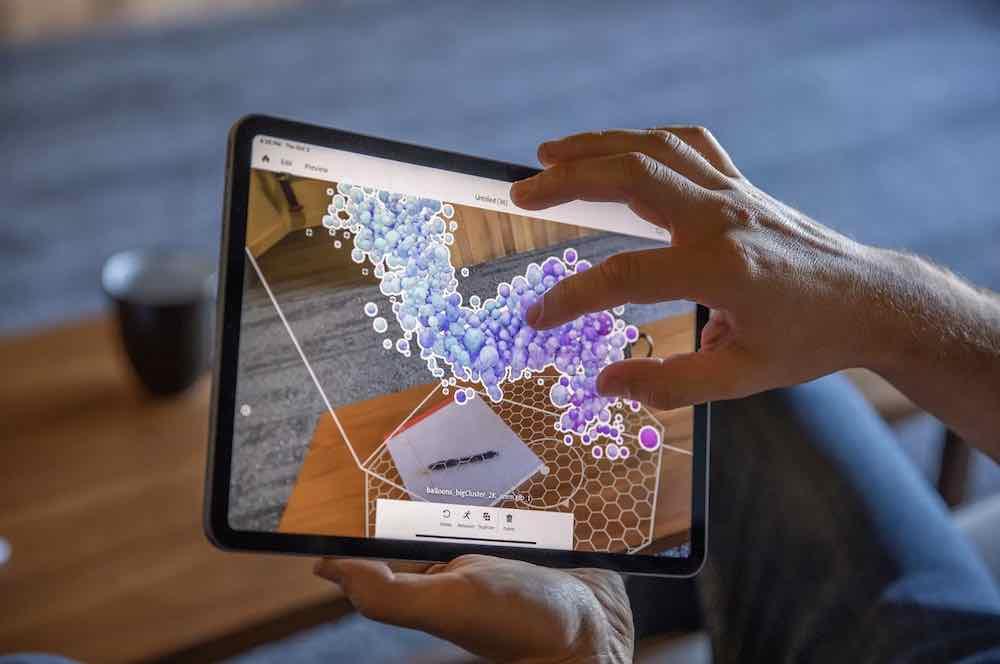 Mit der App Adobe Aero kann man mit iPhone oder iPad einfache AR-Erfahrungen erstellen und teilen.