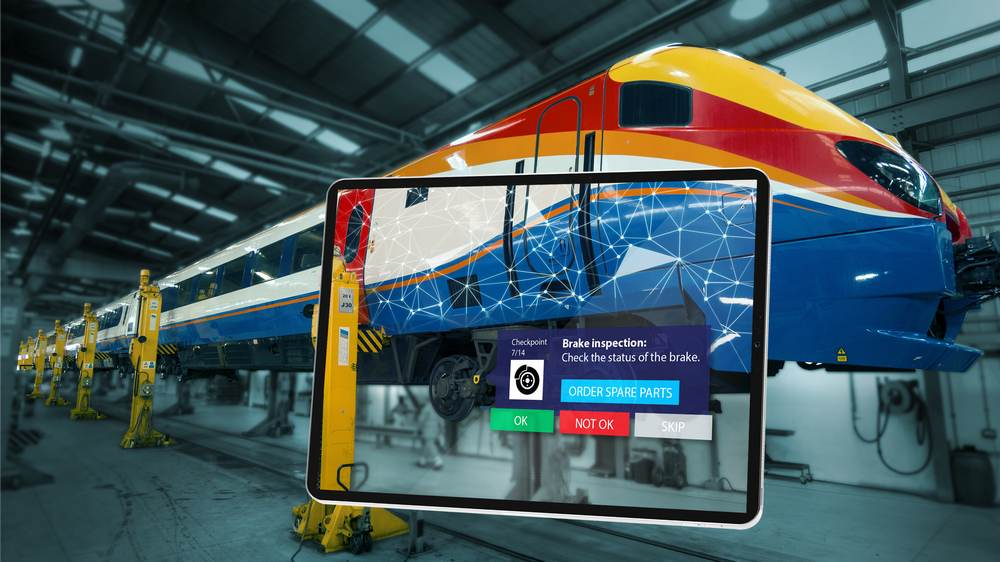 Zug-Inspektion mit Tablet und AR-App Inspect AR