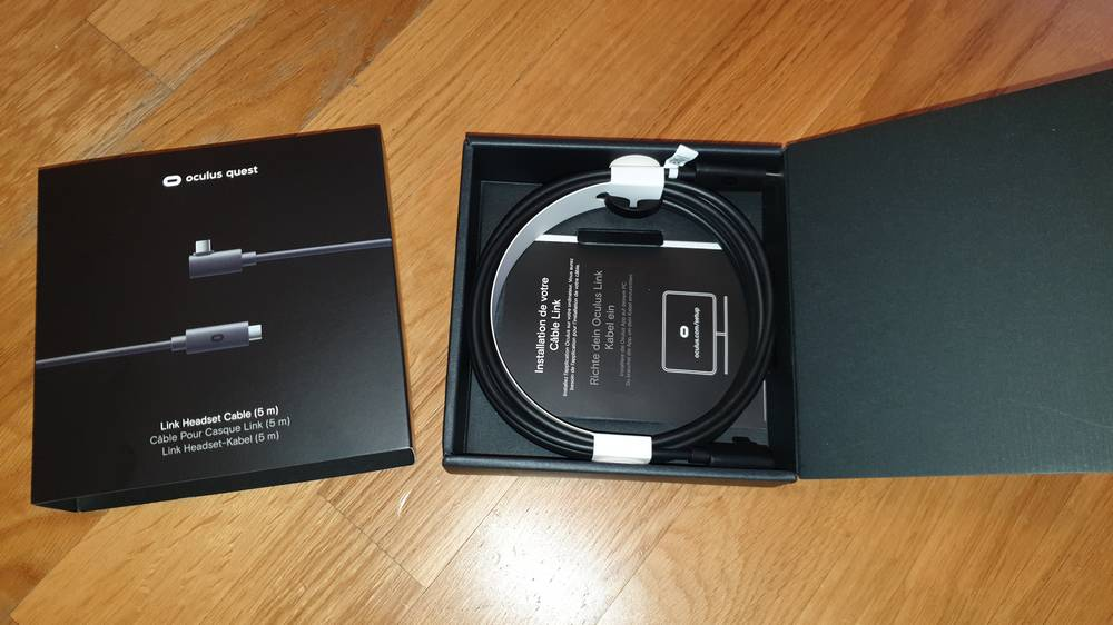 Offizielles Oculus Link Kabel in offizieller Verpackung