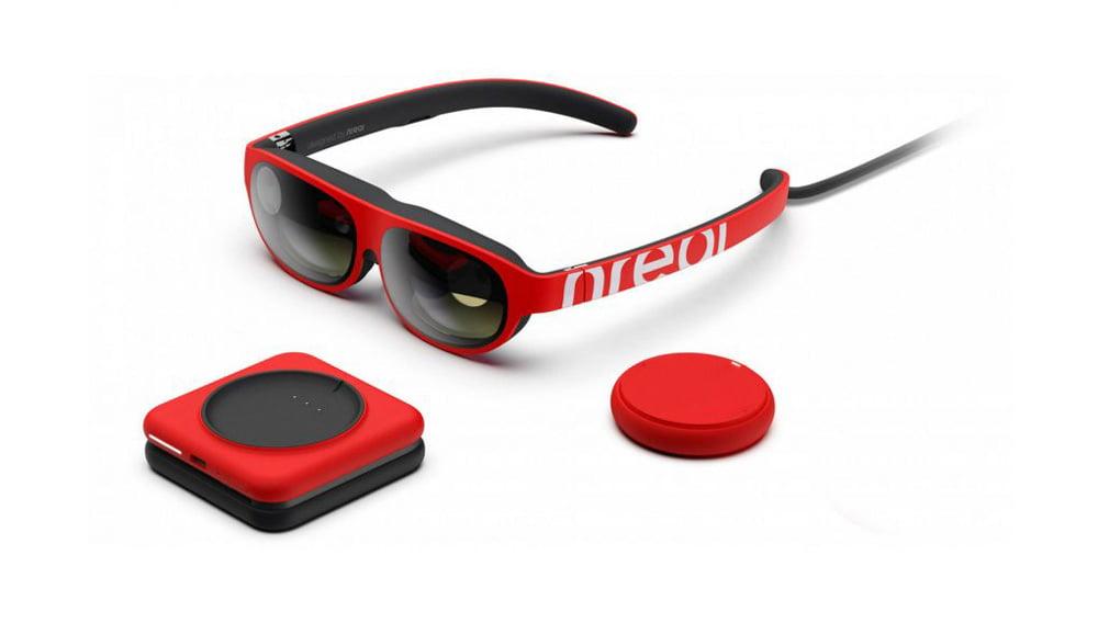 Die Entwicklerversion der Nreal-Brille kommt mit einem Taschencomputer. Die Verbraucherversion wird mit einem Smartphone oder PC verbunden. Bild: Nreal