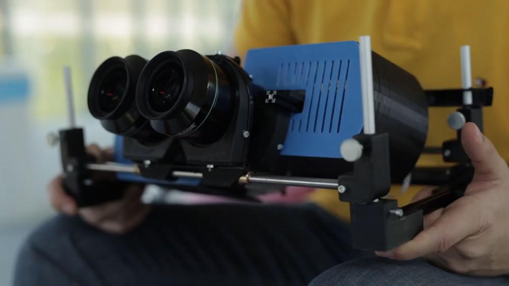 Vor rund einem Jahr war Creals Lichtfeld-Prototyp noch zu klobig für eine AR-Brille. Bild: Creal