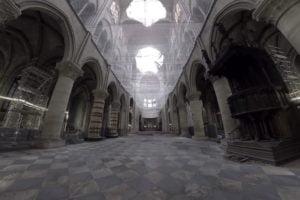 Die Notre-Dame ist seit dem Brand für Touristen geschlossen. Mit VR kann man die Kirche betreten.