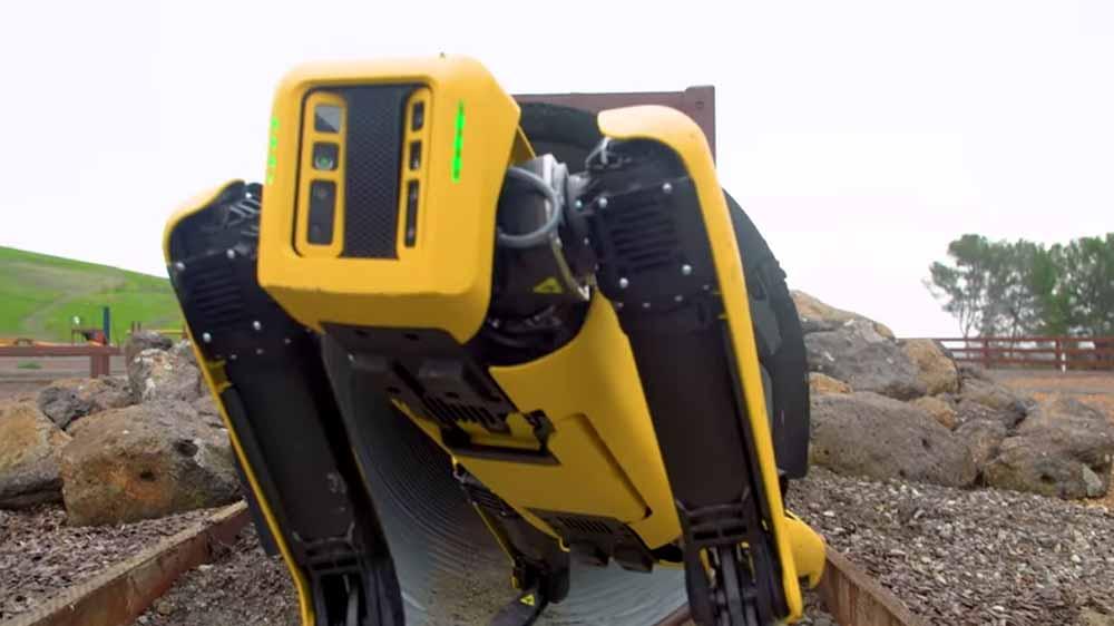 Boston Dynamics: Schaut euch Robohund Spot im Praxistest an