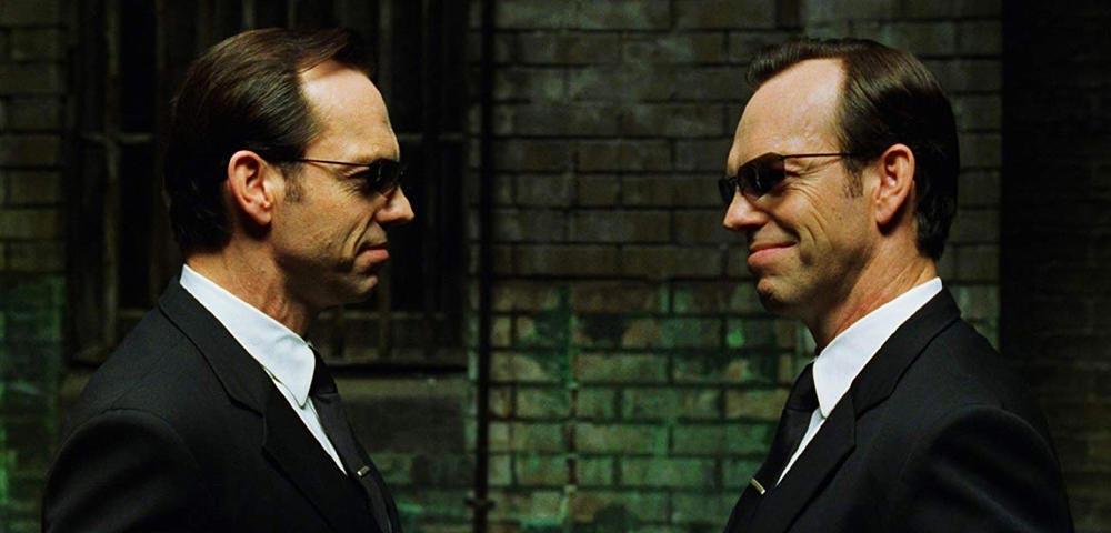 """Schauspieler Hugo Weaving wird in Matrix 4 nicht erneut den Agent Smith geben. Sagt jemand anderes """"Mr. Anderson""""?"""